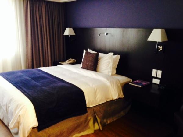 ecuador-guayaquil-hotelroom